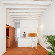 CRÜ combines different terracotta textures in Barcelona apartment La Odette