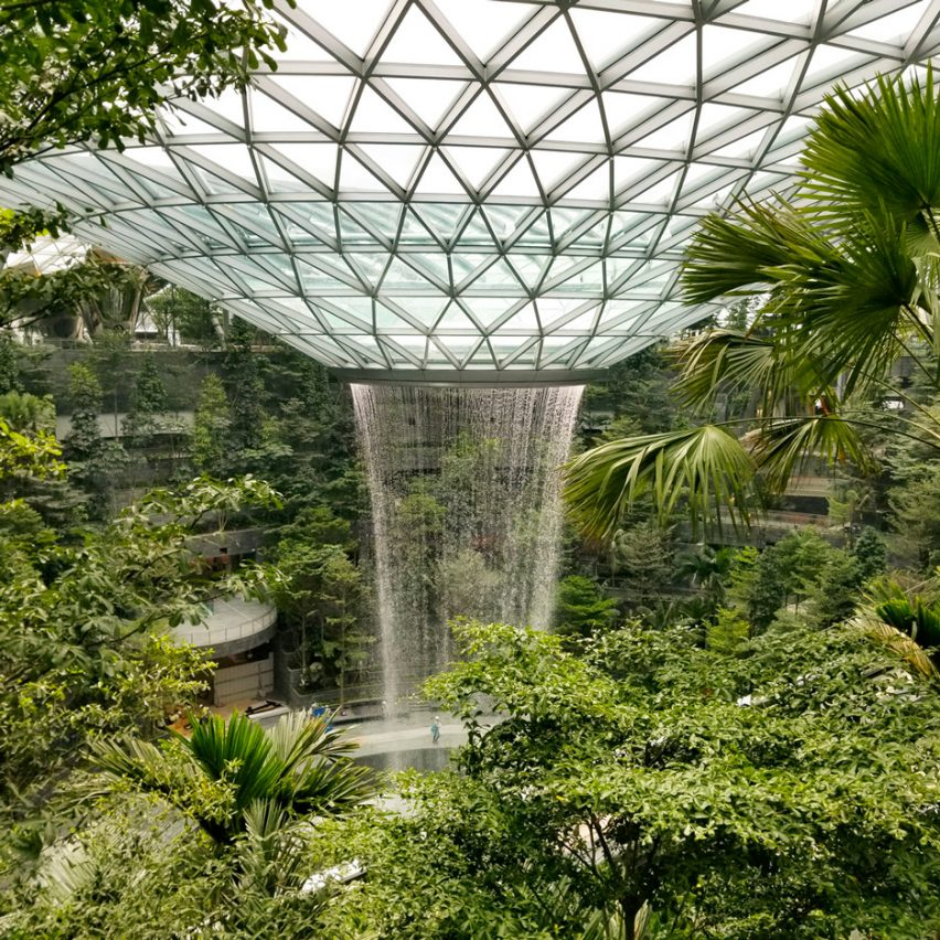 Photos reveal world's tallest indoor waterfall inside Moshe Safdie's Singapore airport terminal