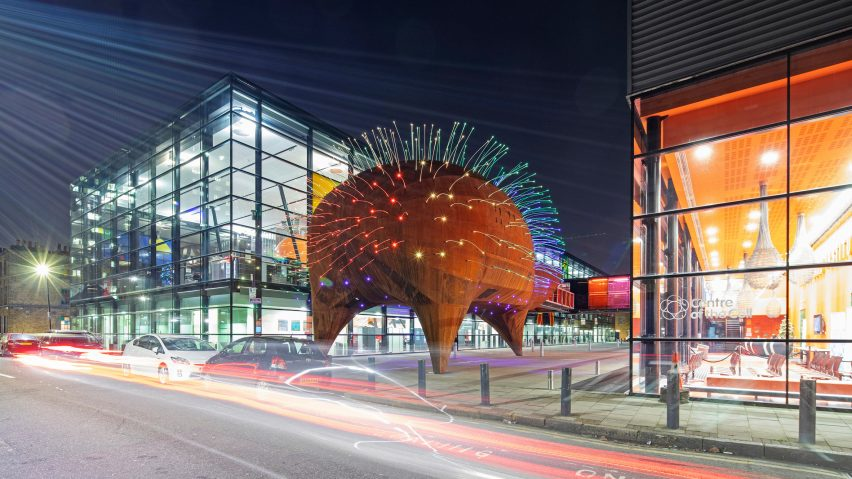Neuron Pod science education centre at Queen Mary University by Will Alsop for his practice All Design