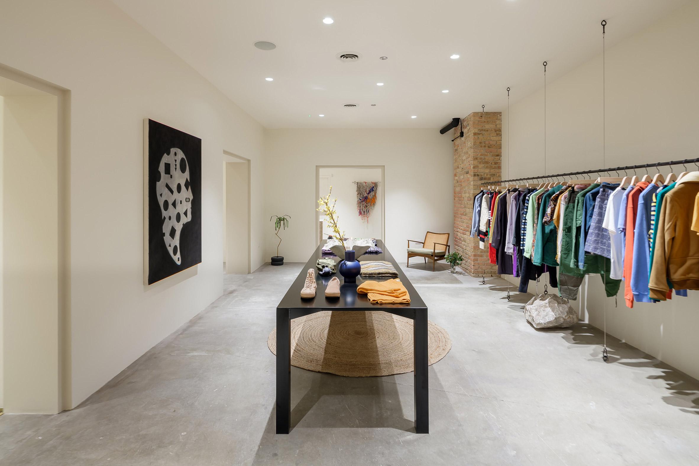 Notre interior renovation by Norman Kelley