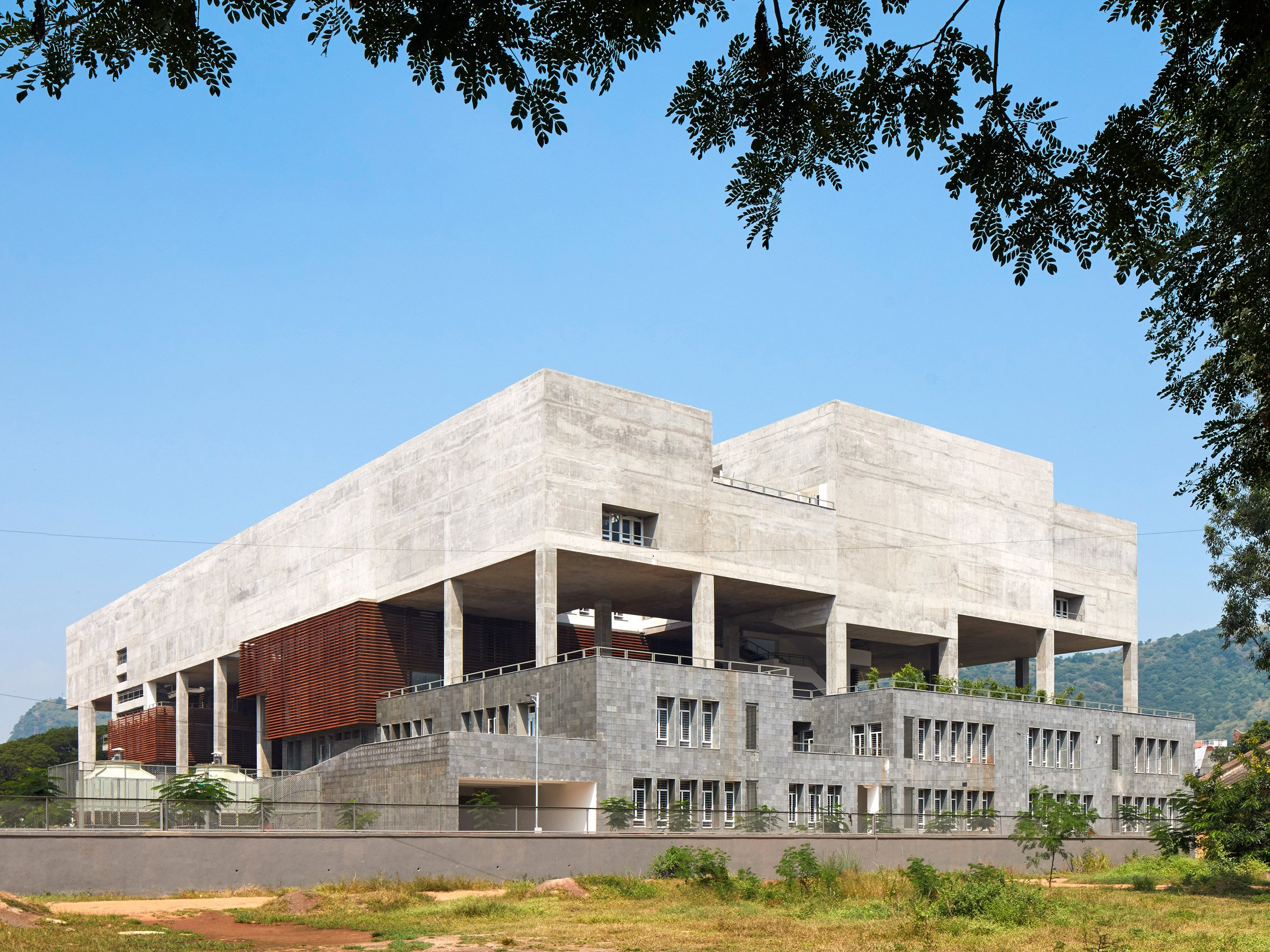 School of Planning and Architecture in Vijayawada, designed by Mobile Offices