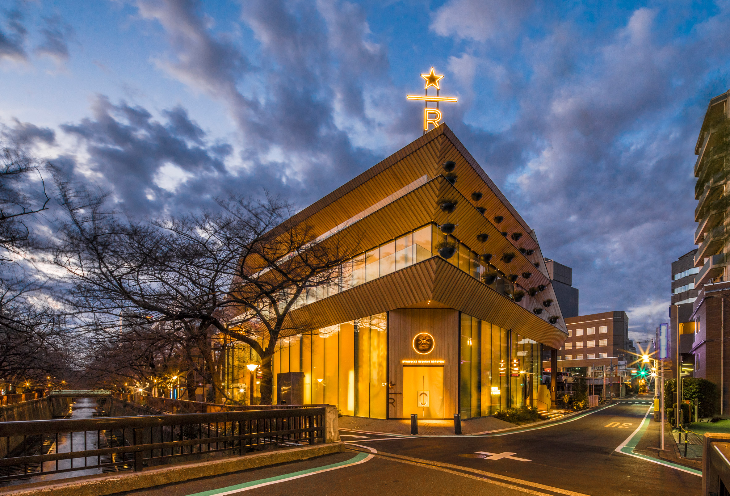 Exterior of Starbucks Reserve Roastery Tokyo, desinged by Kengo Kuma