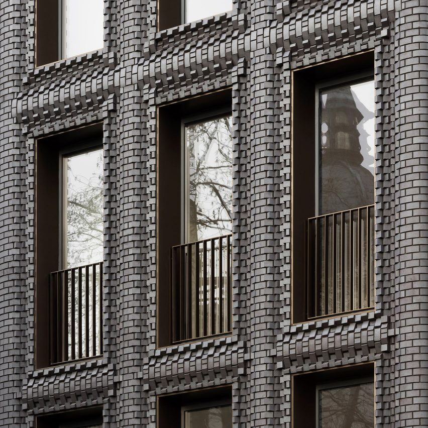 Bureau de Change inserts textured brick building into century-old London terrace