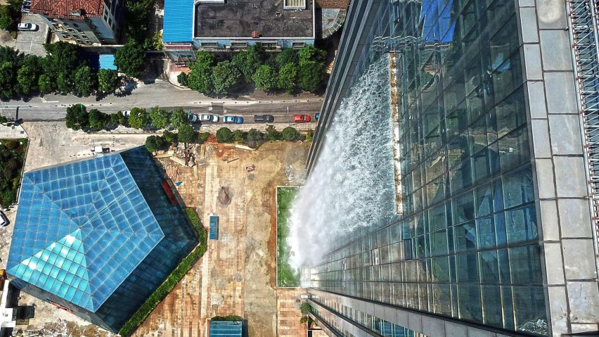 Eight buildings that incorporate waterfalls