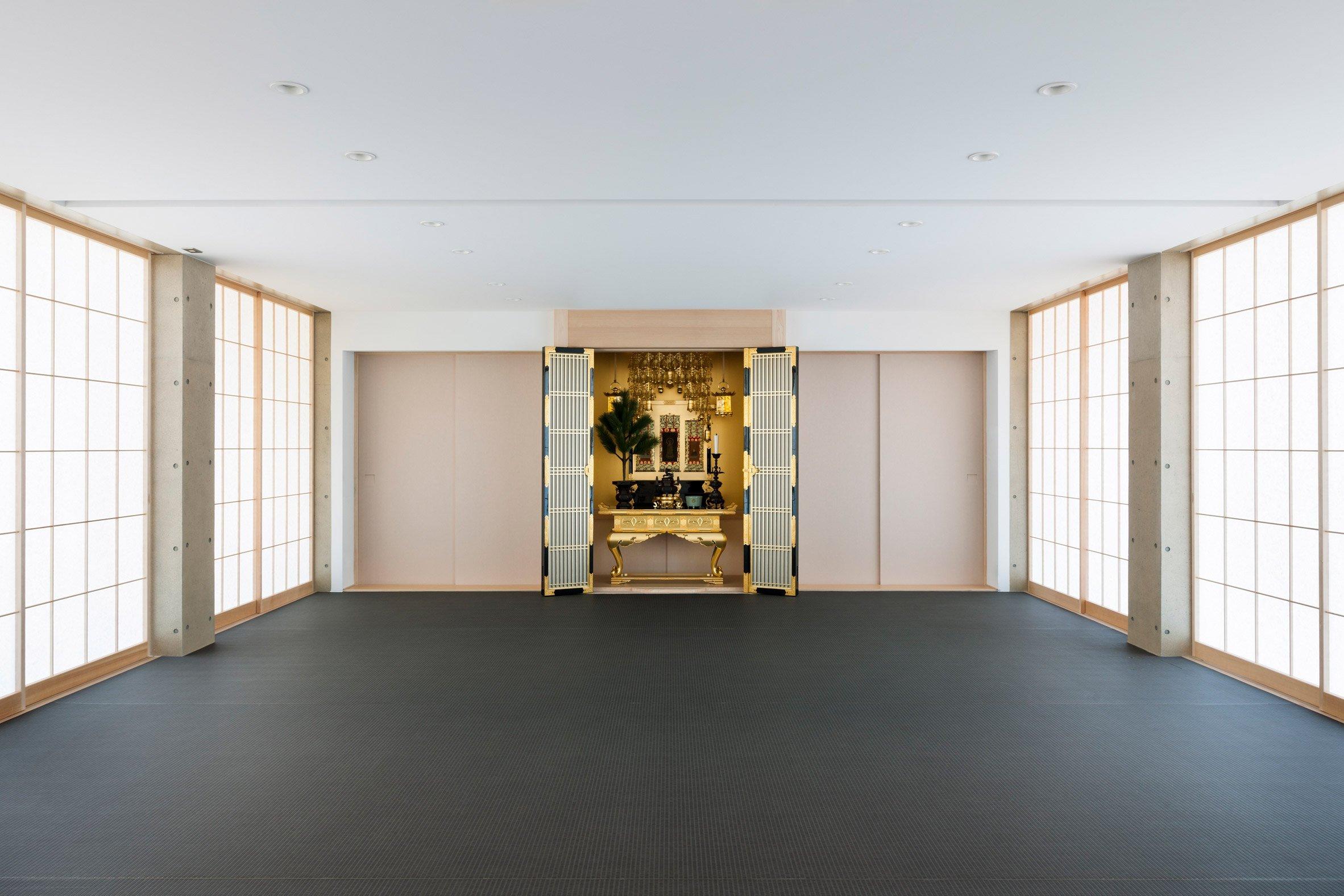 Shoraku-Ji, a Buddhist Temple by Toru Kashihara in Tokyo, Japan