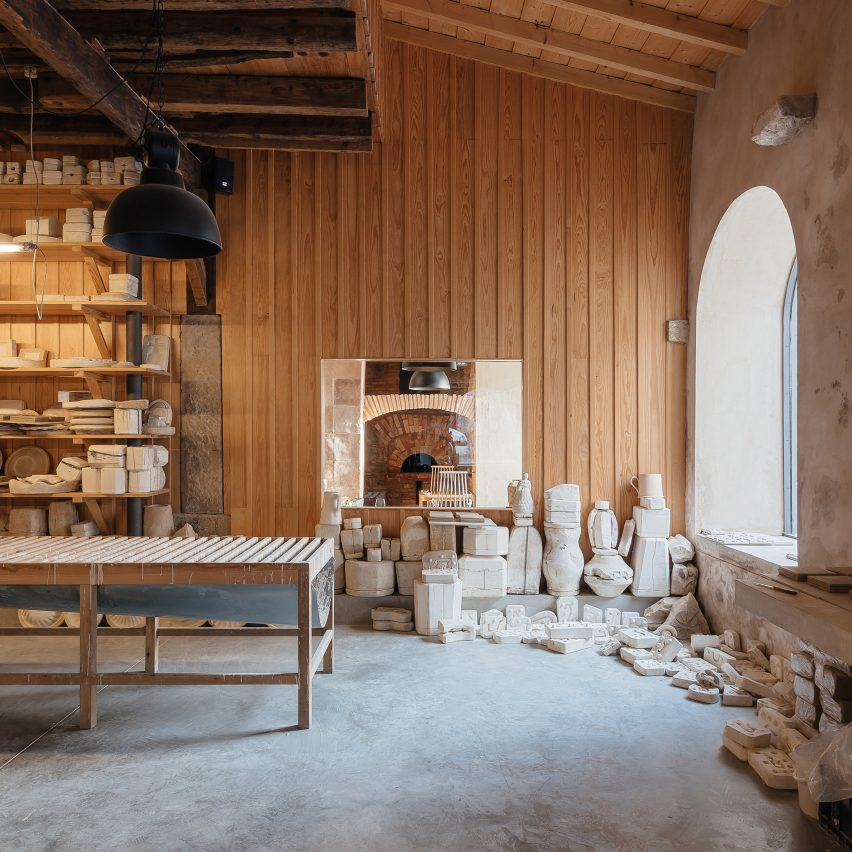 Old Ceramic Society of Coimbra celebrates its 18th-century structure