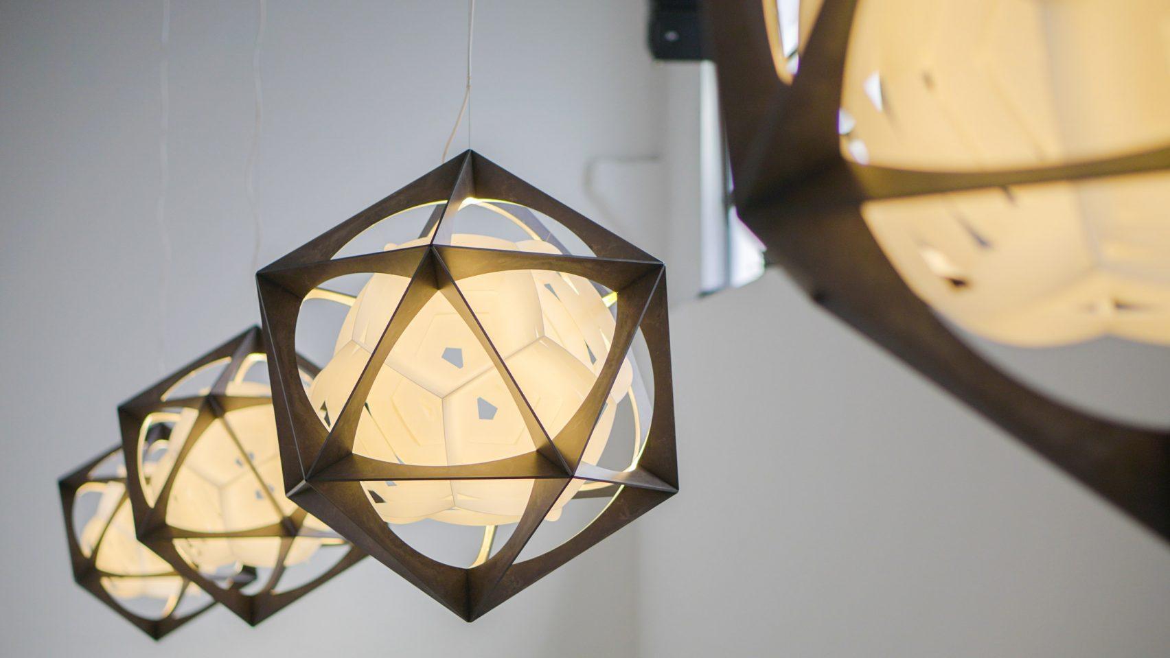 Olafur Eliasson explora geometrías matemáticas complejas con OE Quasi Light