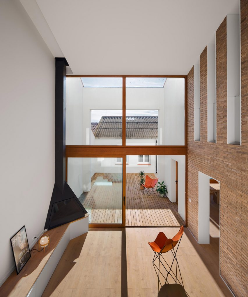 House renovation by Hiha Studio