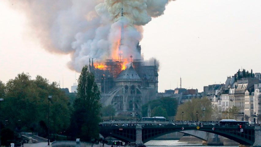 Array - huge fire breaks out at notre dame cathedral in paris  rh   dezeen com