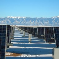 Snow nanogenerator would allow solar panels to generate energy on wintry days