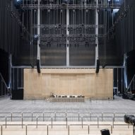 David Rockwell inserts huge plywood box into The Shed for inaugural concert