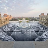 Optical illusion added to IM Pei's Louvre pyramid then immediately destroyed