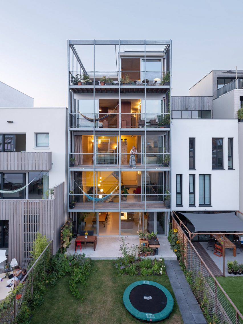 Three-Generation House by BETA