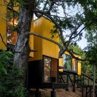 Prefab Yellow House by Alejandro Soffia contrasts Chilean landscape