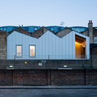 Delvendahl Martin Architects adds studio flat with jagged roof to artists' workshop