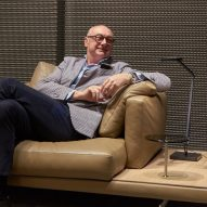 Piero Lissoni designs modular Dock seating system for B&B Italia