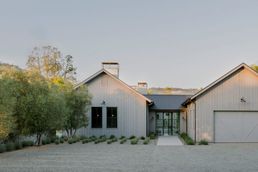 Calistoga Residence by Germia Design and Wade Design Architects