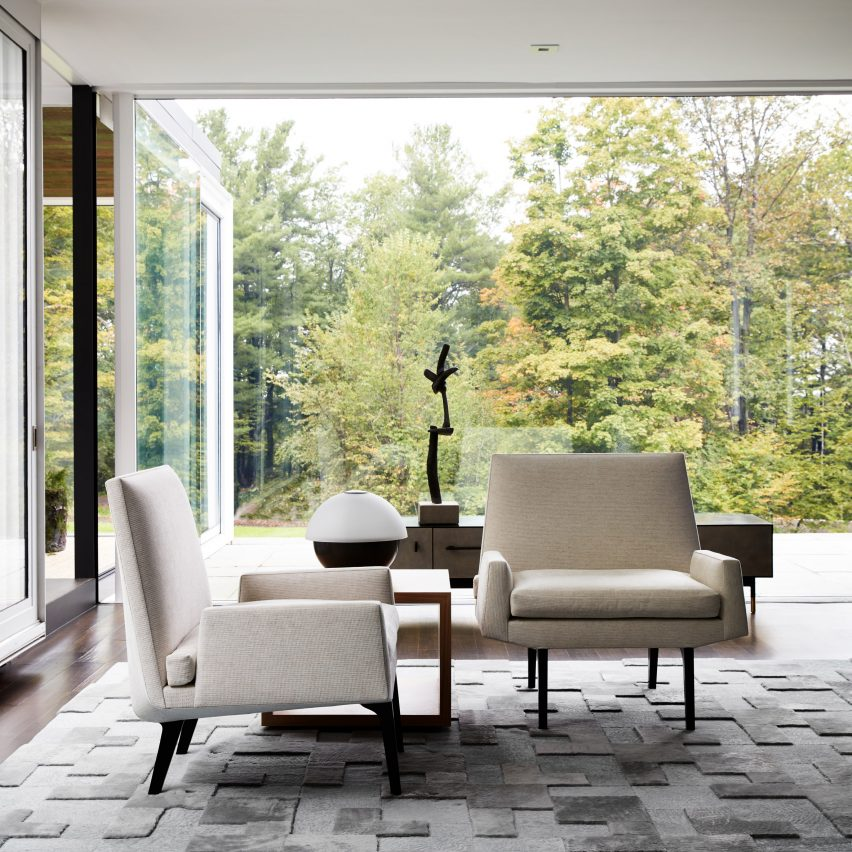 Columbia County glass house residence by Drake/Anderson in upstate New York