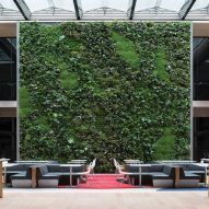 Foster + Partners pledges to make its buildings carbon-neutral by 2030