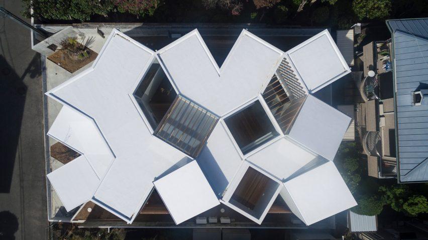 House in Hokusetsu by Tato Architects
