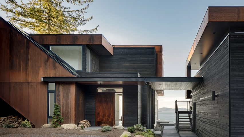 Stephenson Design Collective designs House on the Cove to blend with coastal Washington setting