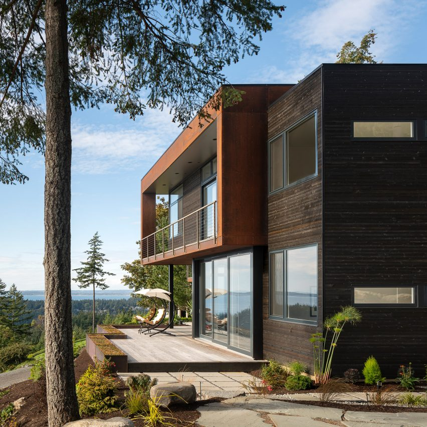 House On The Cove residence by Stephenson Design Collective in Bellingham, Washington