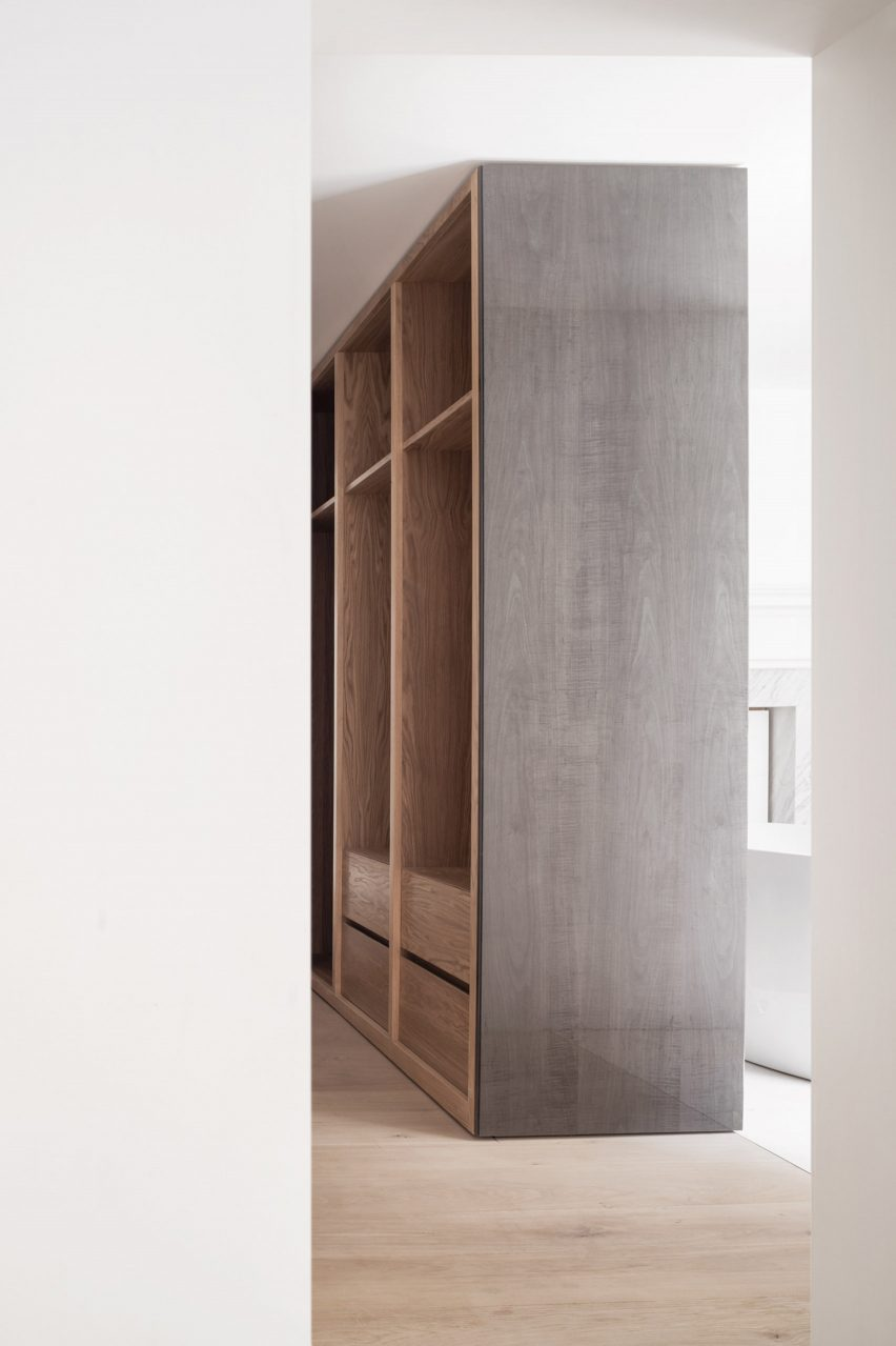 Mayfair apartment by HASA Architects