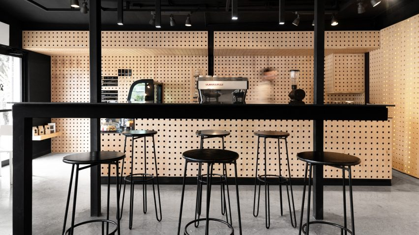 Negro Blanco Cafe by Estudio Yeye in Chihuahua, Mexico