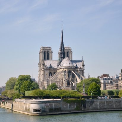 Notre-Dame restoration bill