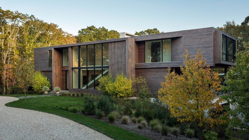 Old Sag Harbor Road house by Blaze Makoid Architecture