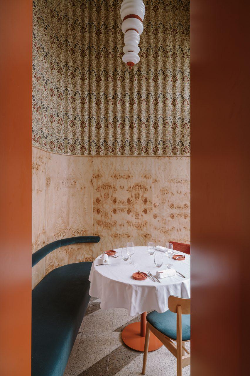 Opasły Tom restaurant by Buck Studio