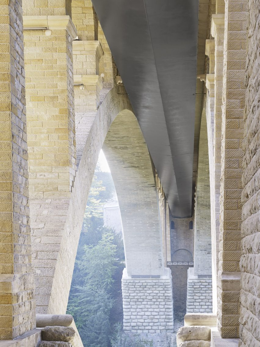 Passerelle Pont Adolphe by CBA Architects