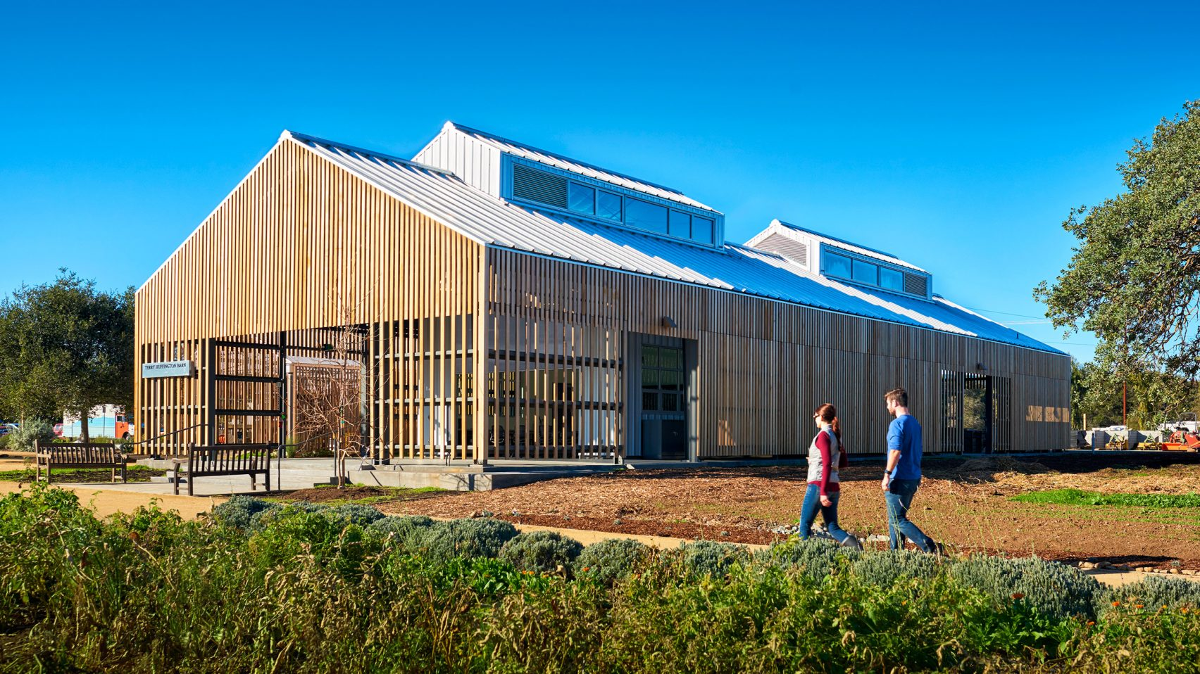 Stanford University educational farm in Silicon Valley, California by CAW Architects