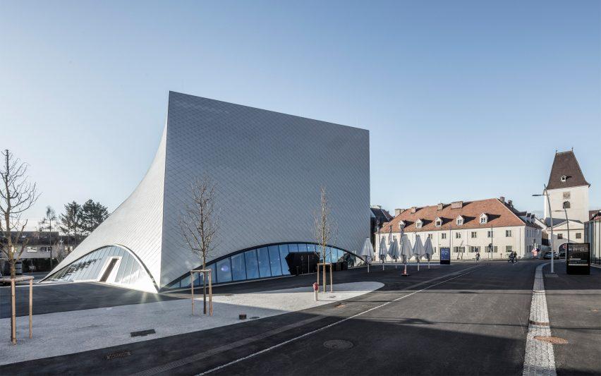 State Gallery by Marte.Marte architekten