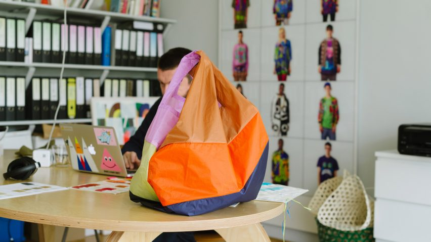 The Six-Colour New Shopping Bag by Susan Bijl for Hay with Bertjan Pot