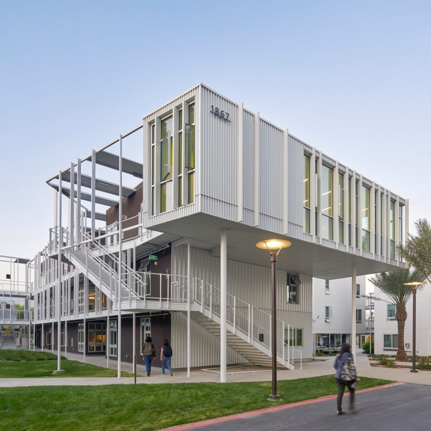 Student Apartment: San Joaquin Student Housing Complex By LOHA Makes The Most