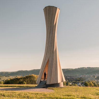 University of Stuttgart makes Urbach Tower from self-shaping wood