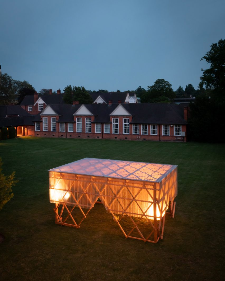 Urban Room pavilion by Invisible Studio and students at the University of Reading
