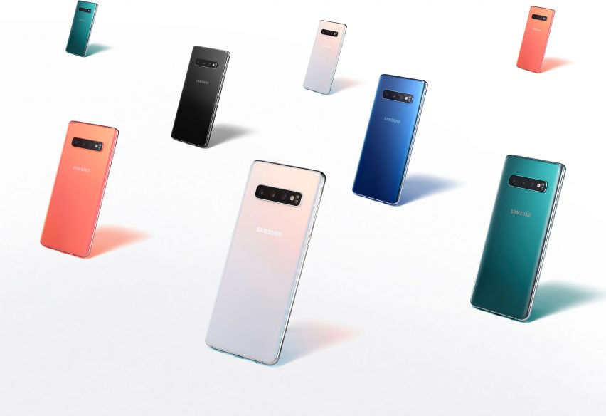 Samsung and Dezeen launch $40,000 mobile design competition