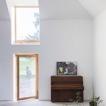 Aviemore studio by Morales Finch
