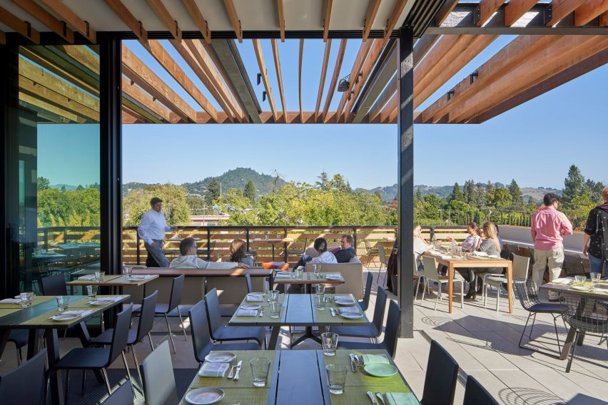Harmon Guest House in Sonoma, California by David Baker Architects
