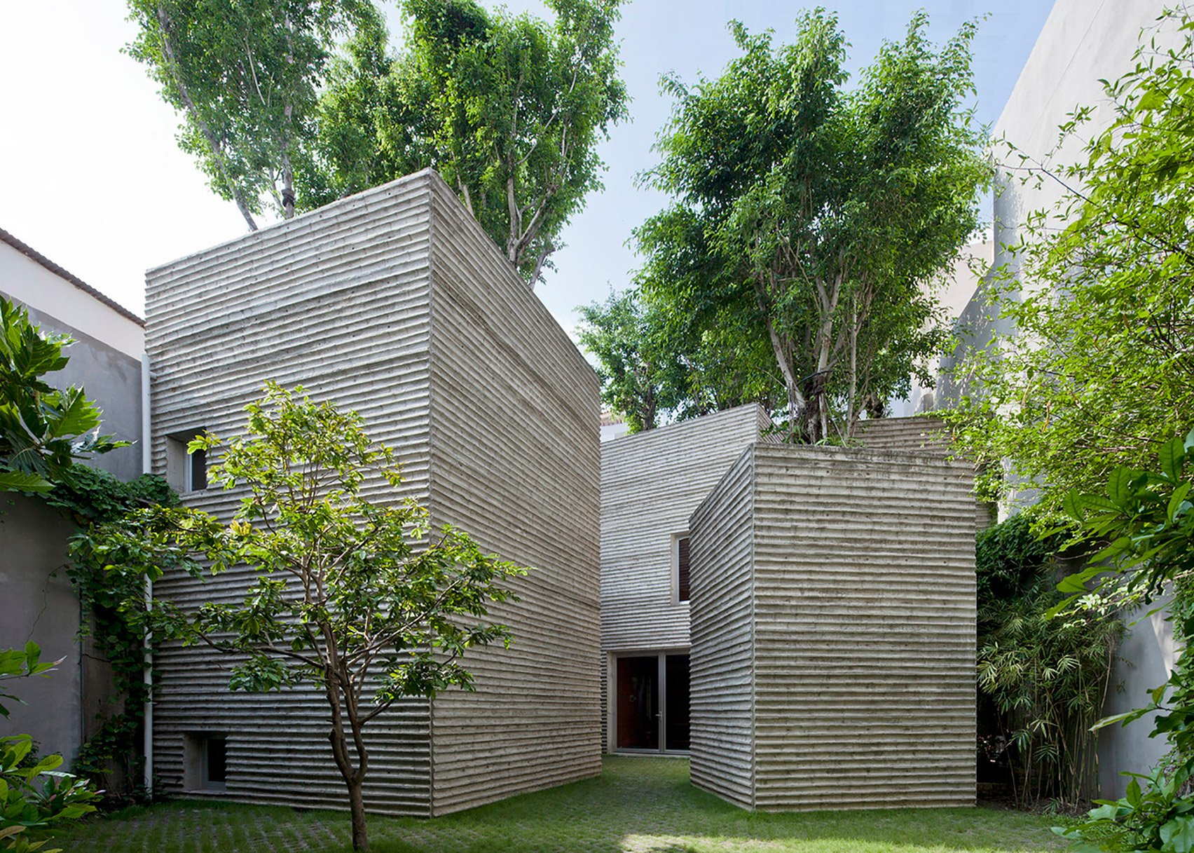 House for Trees by VTN Architects