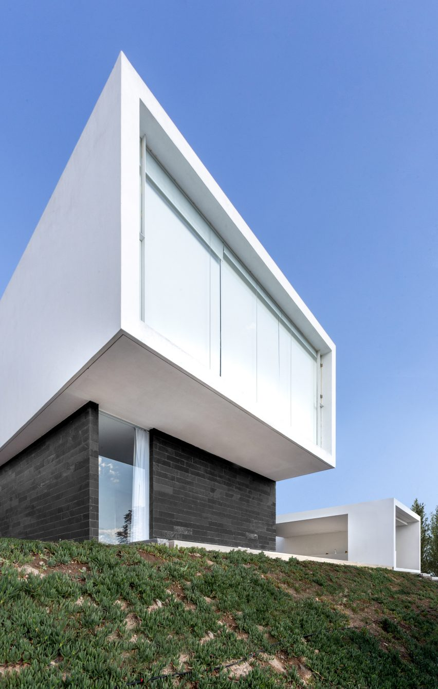 JA House in Morelia, Michoacan, Mexico by HW Studio