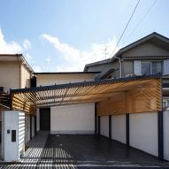 07Beach arrange Kyoto home around glass-fronted bathroom