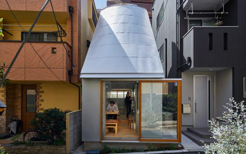 Love2 House by Takeshi Hosaka