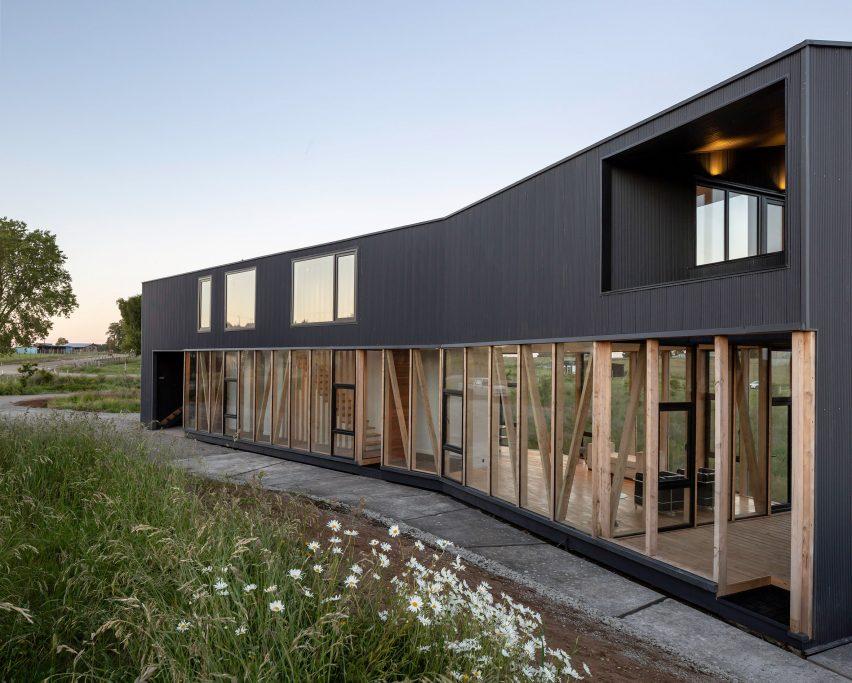 Maitenes House in Chile by Ignacio Correa