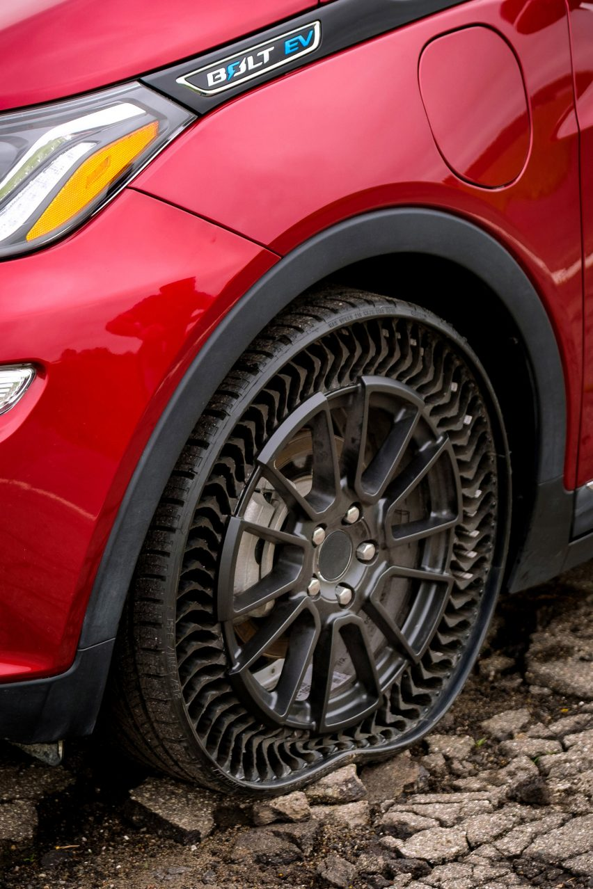 Michelin and GM to bring airless tyres to passenger cars