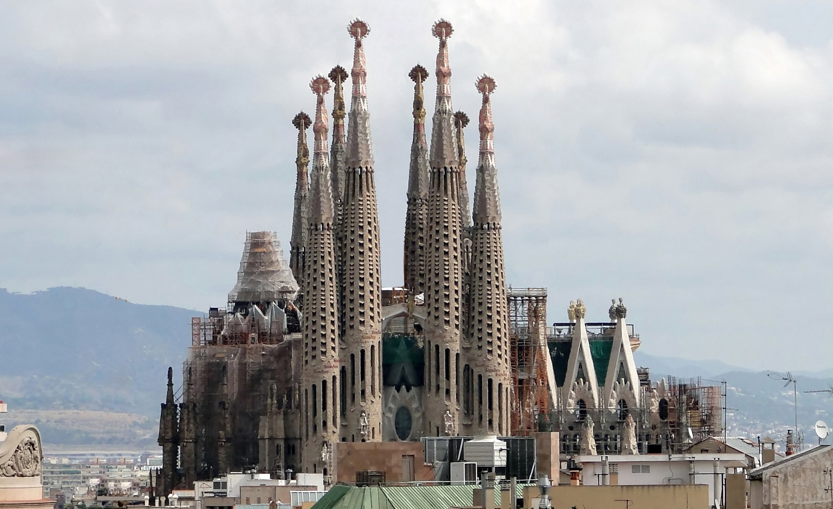 Image result for gaudi la sagrada familia
