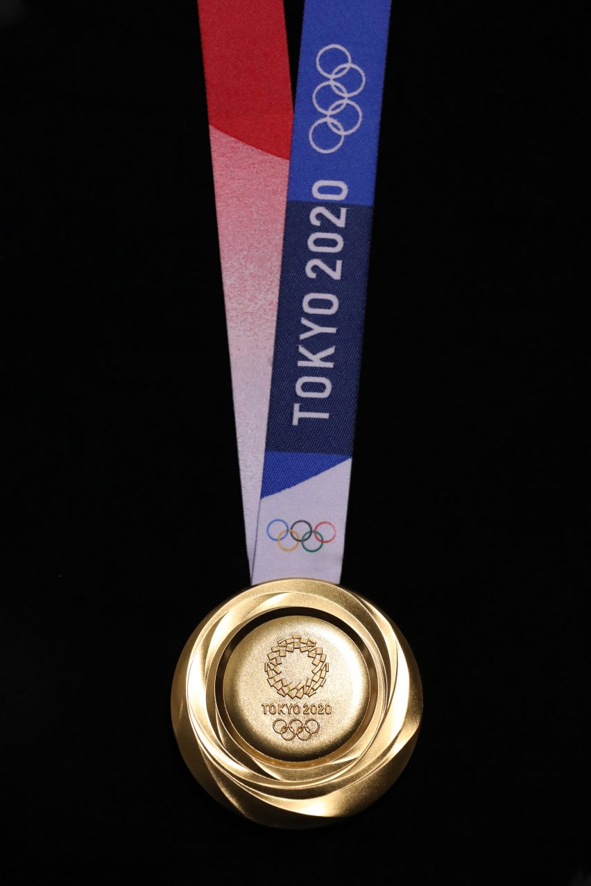 Tokyo unveils 2020 Olympic medals made from recycled smartphones