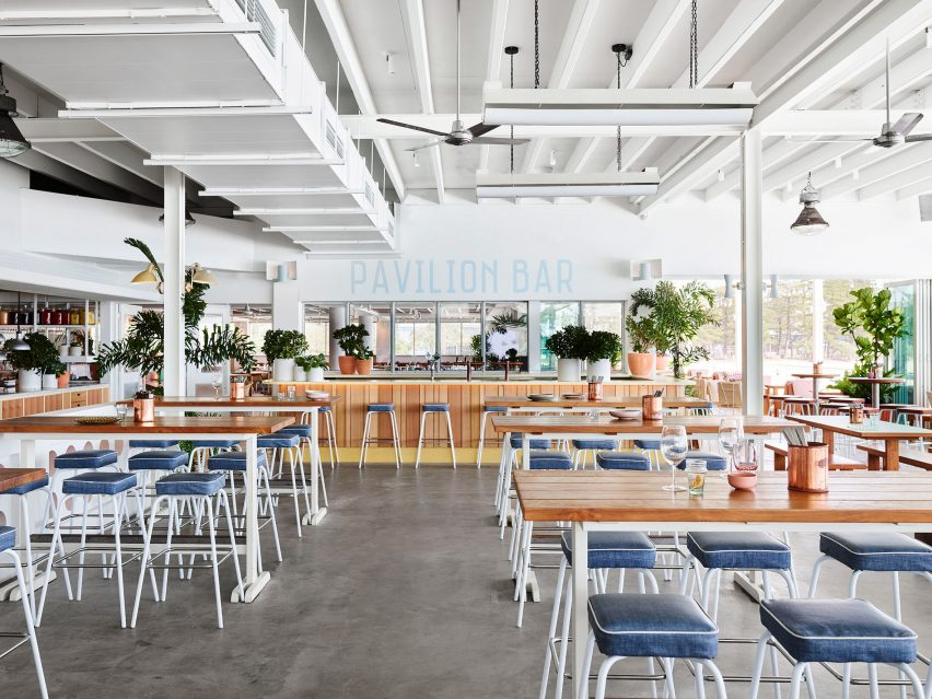 Burleigh Heads Pavilion by Alexander & Co